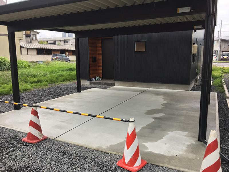 土間コンクリート打設完了